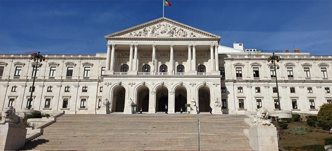 MENAHRA and MENANPUD at the Portuguese Parliament